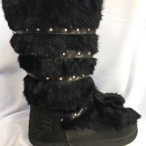 Bebe Black Rabbit Fur Snow Boot Rhinestones Sz 10